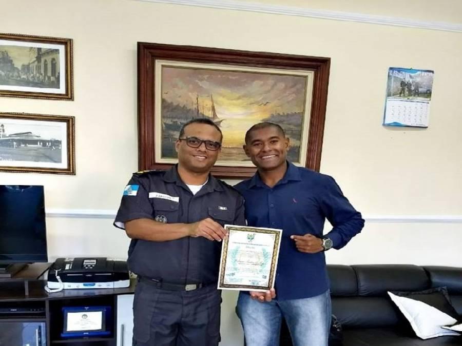 Comandante do 8ºBPM recebe moção de destaque da Onib - Portal Ururau - Site  de Notícias - Campos dos Goytacazes